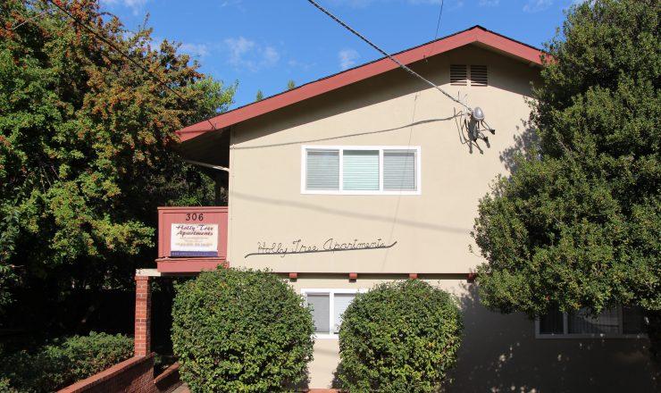 Holly Tree Apartments